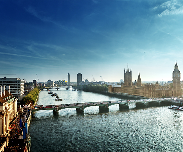 Thames River, Westminster Bridge And The House Of Parliament In London
